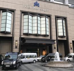 Cho thuê xe du lịch 16 chỗ tại TPHCM đón khách VIP