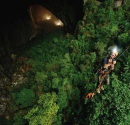 Khám phá những hang động kỳ vĩ của Quảng Bình bằng xe du lịch