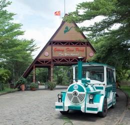 Cho thuê xe du lịch 16 chỗ giá rẻ khám phá khu du lịch Thác Giang Điền
