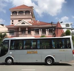 Công ty cho thuê xe du lịch 29 chỗ tại TPHCM uy tín nhất