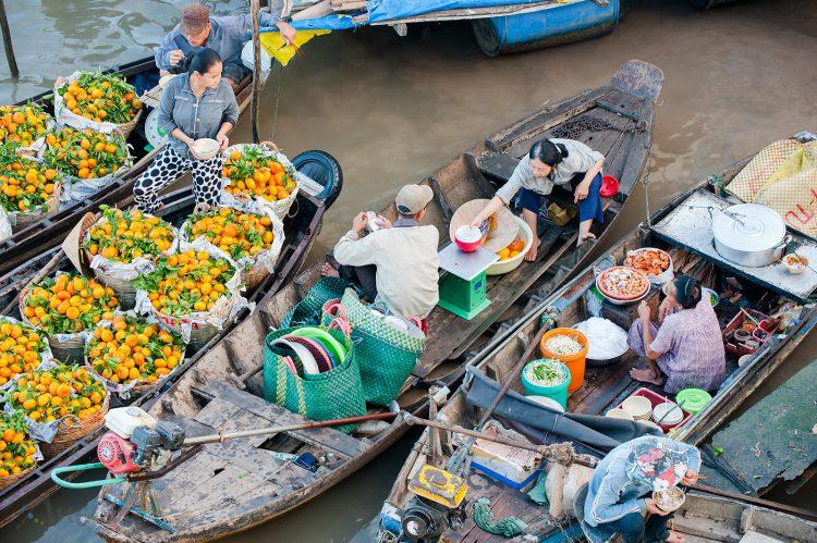 Chợ nổi Cái Bè với văn hóa đặc trưng vùng sông nước