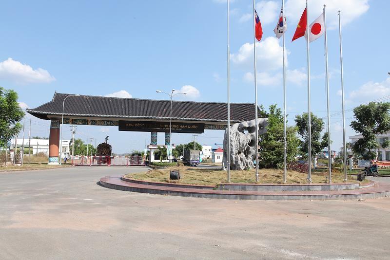 Hình ảnh cổng ngoài KCN Minh Hưng – Hàn Quốc