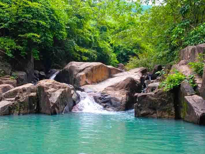 Hình ảnh tuyệt đẹp ở suối Tiên – suối Đá