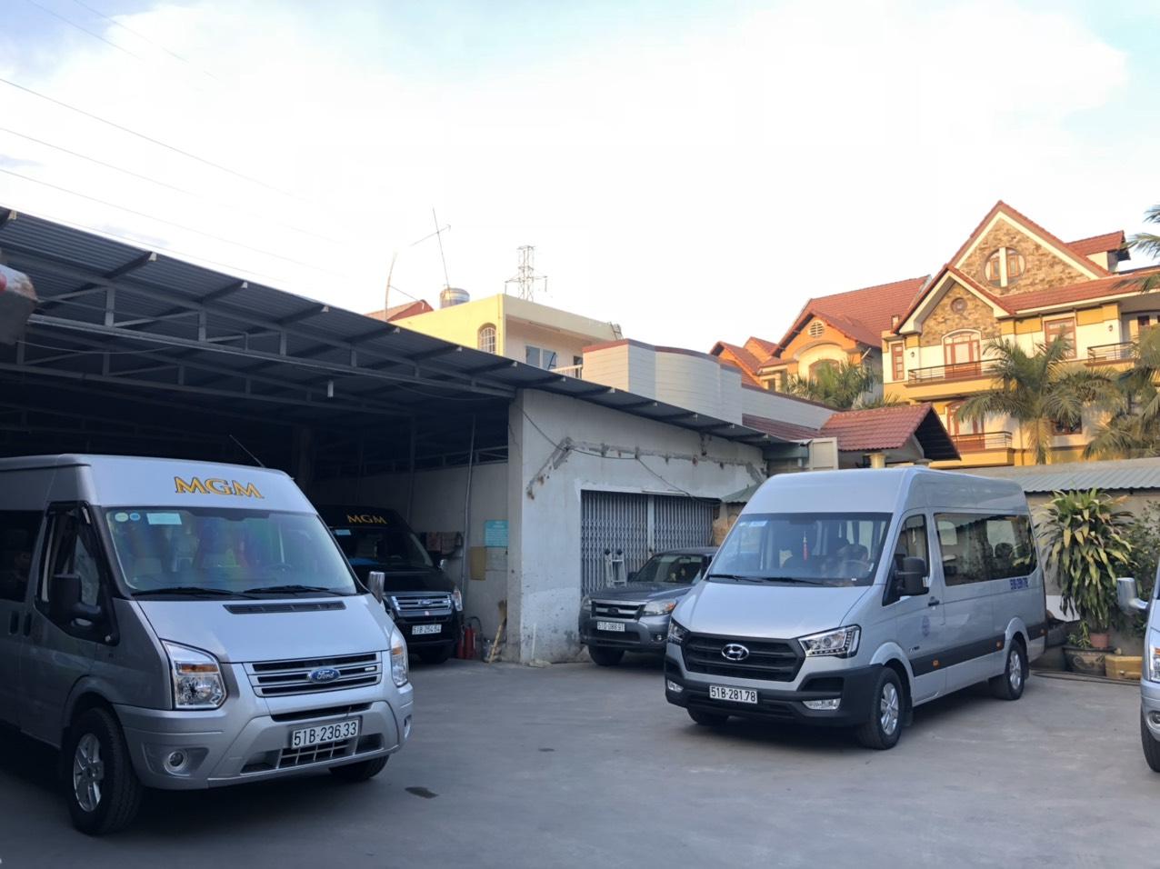 Thuê xe 16 chỗ  đi chơi tết giúp quý khách chủ động di chuyển