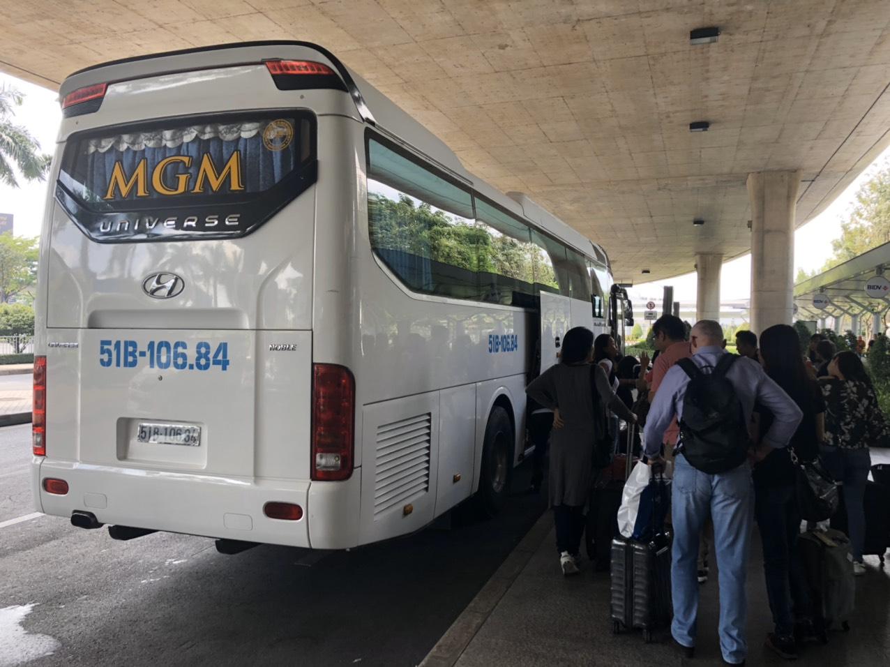 Xe MGM phục vụ đông đảo du khách trong nước và quốc tế