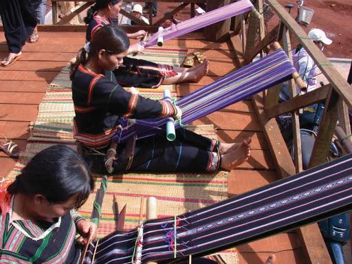 Lễ hội Văn hóa thổ cẩm của người dân tỉnh Đaknông
