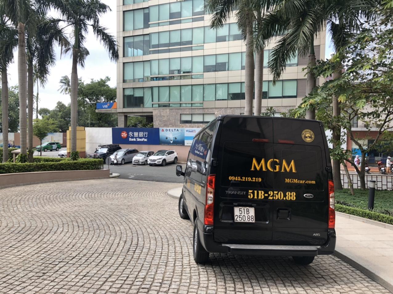 Xe của MGM phục vụ khách hàng