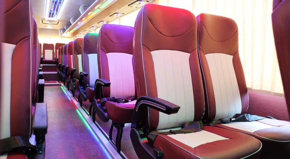 Hệ thống ghế ngồi sang trọng , cao cấp (2)
