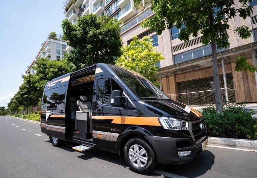 Thuê xe du lịch Limousine 9 chỗ phục vụ khách Vip đến các khu công nghiệp Bà Rịa Vũng Tàu